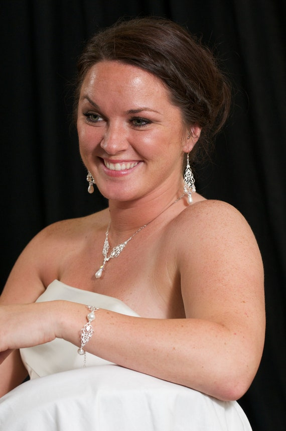 Bridal Pearl Pendant, Y Drop White Pearl Wedding Necklace, Pearl Drop Wedding Pendant, Bridal Jewelry