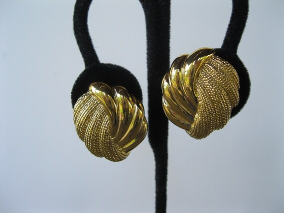 Napier Earrings Goldtone Vintage