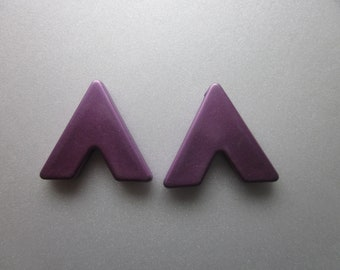 Metallic Purple Acrylic Triangle Pendants 31.5mm 6 Pendants