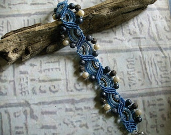 Beaded micro macrame bracelet in blue pearls. Gypsy macrame jewelry.