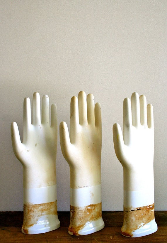Vintage Glove Mold: LAST ONE