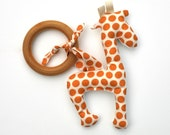 Giraffe Organic Wood TEETHING ring with Organic Cotton Clutch Toy - Eco Friendly Teether All Natural baby toy- Baby Toy Gift for baby