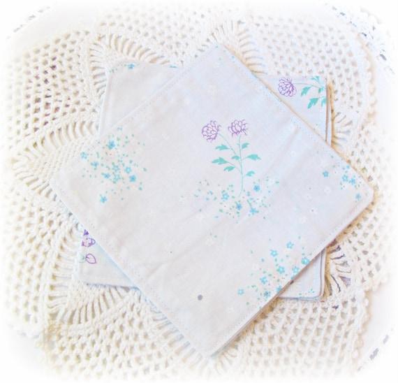 Cocktail Napkins. Frances Cloth Napkin Set. Vintage Bed Linen Fabric. Lilac Mauve Purple Green Blue Floral Retro. Hostess Gift Set of Four 4