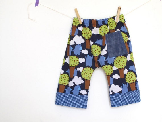 Children pants baggy style, baby boy trousers. Summer baby pants. Whimsical bears print. Size 12-18 months, ready to ship.