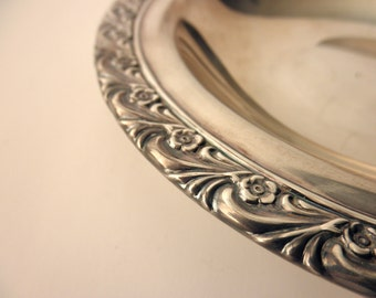 vintage Wm Rodgers silverplate dish- ornate, floral