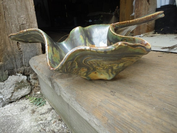 Large Flared Bowl with a lot of style