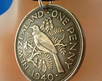 NEW ZEALAND necklace -  coin jewelry - Tui bird - bird lover - bird necklace -  bird coin  No.00881