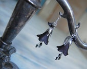 Black and silver lily earrings, gothic Victorian jewelry, dark mori or elegant goth
