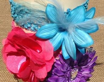 Crochet headband with pink flower clip