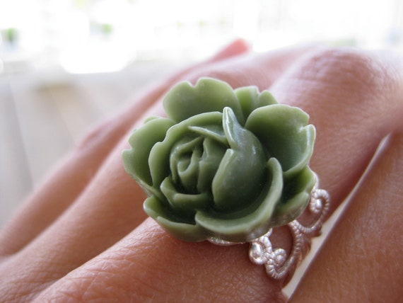 MORE COLORS AVAILABLE Olive Green Filigree Ring and Earrings Set - Green Rose Bridesmaid Jewelry, Olive Green Jewelry