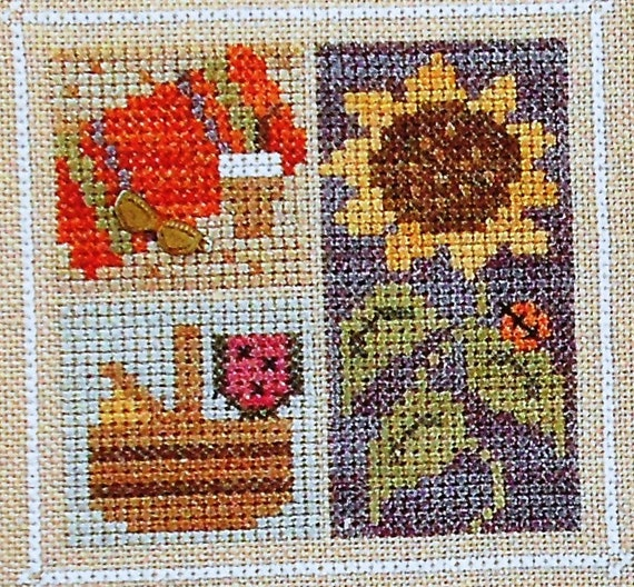Lizzie Kate Flip It BLOCKS WITH CHARM August - Counted Cross Stitch Pattern Chart