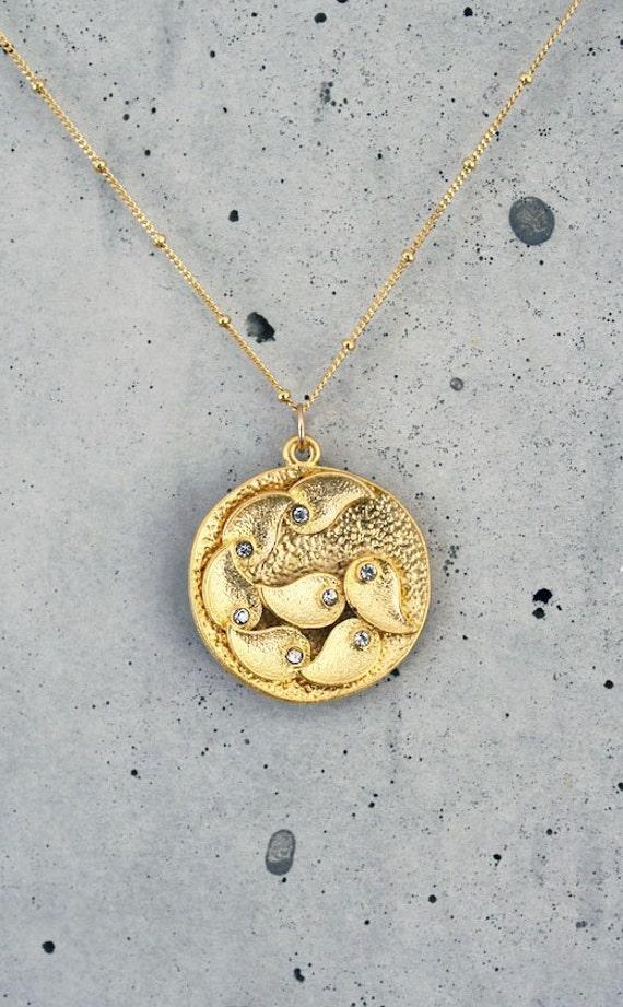 BACKORDER 8/26 - Gold Medallion Necklace