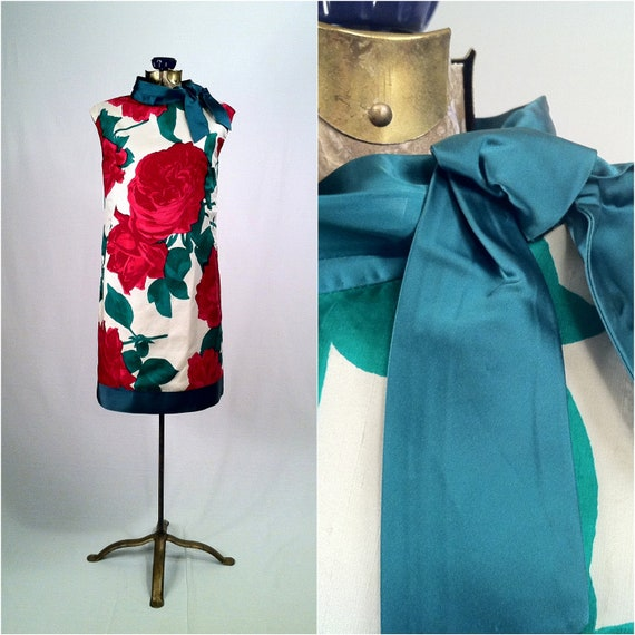 Vintage 1960s Raw Silk Large Print Floral Shift Dress - Satin Green Trim - Stunning