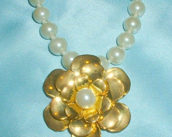 Vintage Faux Pearl Necklace with Gold Flower Pendant