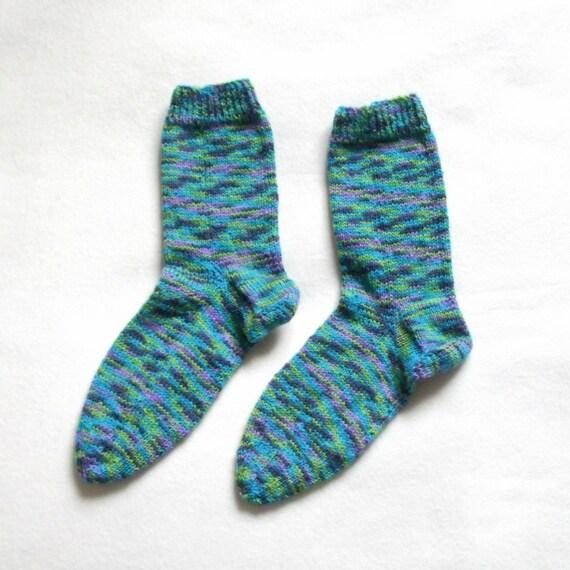 Socks knitted for women (Size US 6.5 - 8.5, UK 4 - 6, Europe 37-39) green purple