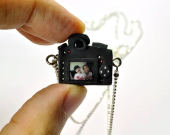 Personalized necklace Nikon D7000 Camera miniature / Personalized Gift / Personalized Necklace / Personalized Jewelry