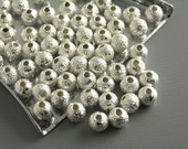 BRASSBEAD-DUST-SLVR-4MM - Round Stardust Brass Bead, Silver Plated, 4mm, 20 pcs