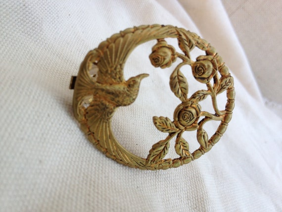 Vintage 1930s 40s Swallow and roses clip brooch