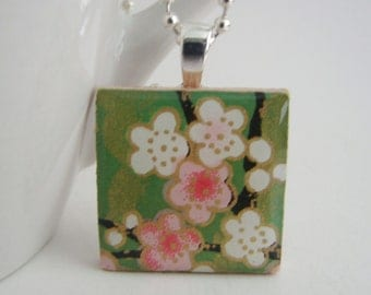 Flowers Pendant with Free Necklace
