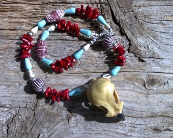 Resin eagle skull,coral,clay,shell,magnesite beaded necklace 20 inch