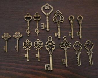 Keys to the Castle - Skeleton Keys - 14 x Antique Bronze Brass Vintage Skeleton Keys Key Set