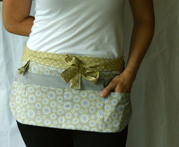 Utility Apron/Half Apron with 8 pockets and hook in grey yellow and white