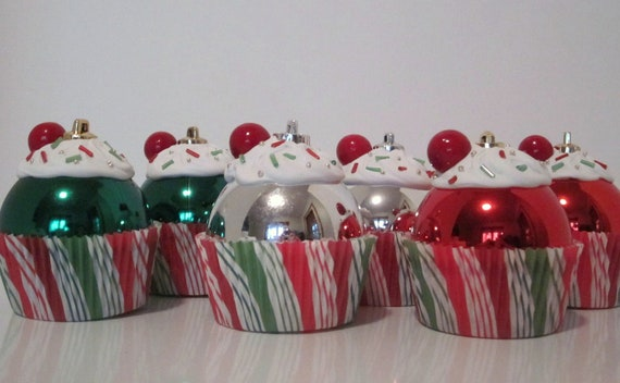 Cupcake Ornaments / Christmas Ornaments / Set of 6