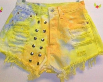 Vintage Levis TIE  Dyed  Denim Shorts - Studded Waist 26 inches