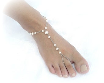Barefoot sandals wedding, beach wedding barefoot sandals, pearl jewelry, foot jewelry, chain barefoot sandals, ankle bracelets, beach bride