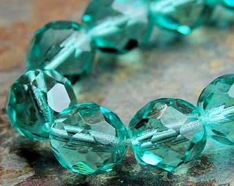 Turquoise Green 8mm Faceted Czech Glass Beads   -25