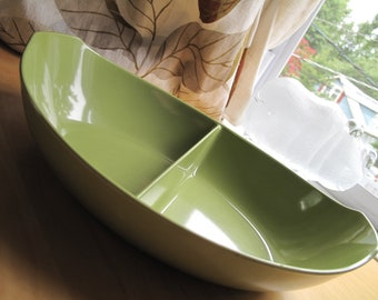oneida deluxe olive green divided bowl