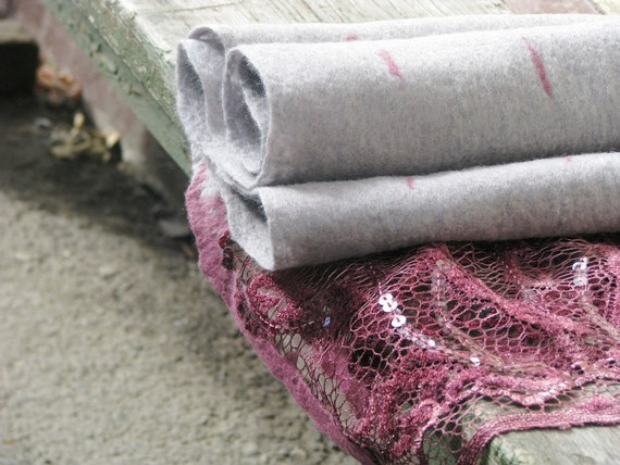 Grey Felted  wool Scarf whith Pink lace. Warm. Eco friendly. Funky women's clothing. Gift under 75. Ready to ship