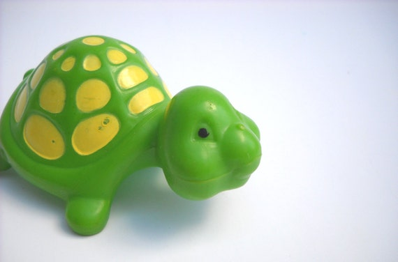 Strawberry Shortcake Pet: Tea Time Turtle 1980s Toy