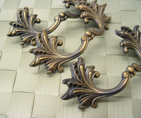French Provincial Kitchen Door Handles: 3 Vintage French Provincial Drawer Cabinet Furniture Pull