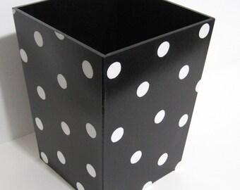 Polka Dot Waste basket - Polka Dot Trashcan - Polka Dot Trash bin - Wastebasket - Waste Basket - Trashcan - Trash Can - Black and White