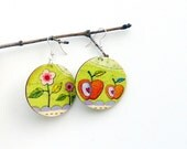 flower apple summer earrings - handmade on wooden discs (silver plate surgical steel wires) - apple green, red heart seed