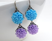 Blue purple flower earrings, Long sky blue and light pastel lilac purple resin flower dangle earrings in antique bronze