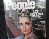 Vintage PEOPLE Weekly Magazine LIZ Taylor in Russia May 19, 1975 No Label Jockey Mary Bacon Lindbergh gay interest Travis McGee Kitschy