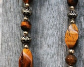 Vintage Tiger Eye and Gold Filigree Necklace