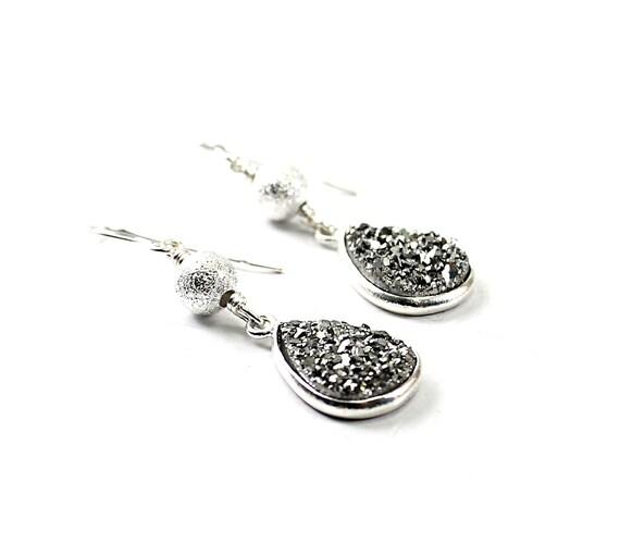 Sparkly earrings - druzy earrings, agate drusy earrings sterling silver shiny, handmade jewelry grey gray