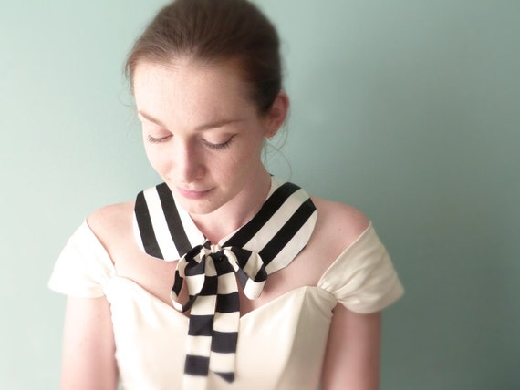 Peter Pan collar Nautical stripes silk Black and white OOAK by Jye, Hand-made in France