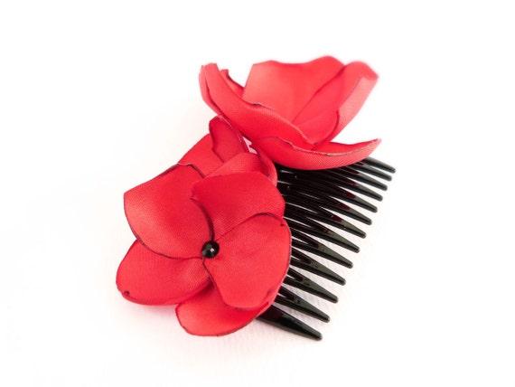 Peigne à cheveux Coquelicots rouge et cristal Swarovski noir (réservé)