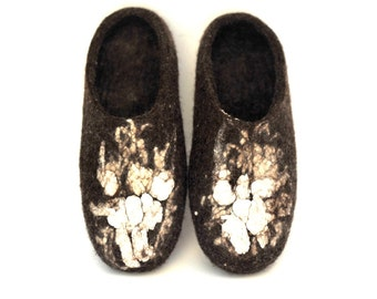 Felted slippers from natural wool, brown, chocolate brown, natural color