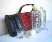 Vintage RARE 1960's KAROFF The 19th Hole Golf Bag Portable Bar with Glass Decanters