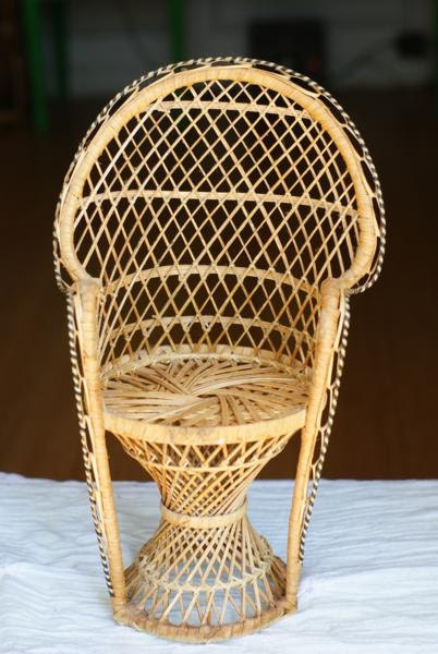 SALE Vintage Miniature Peacock Chair. Planter. Wicker Fan