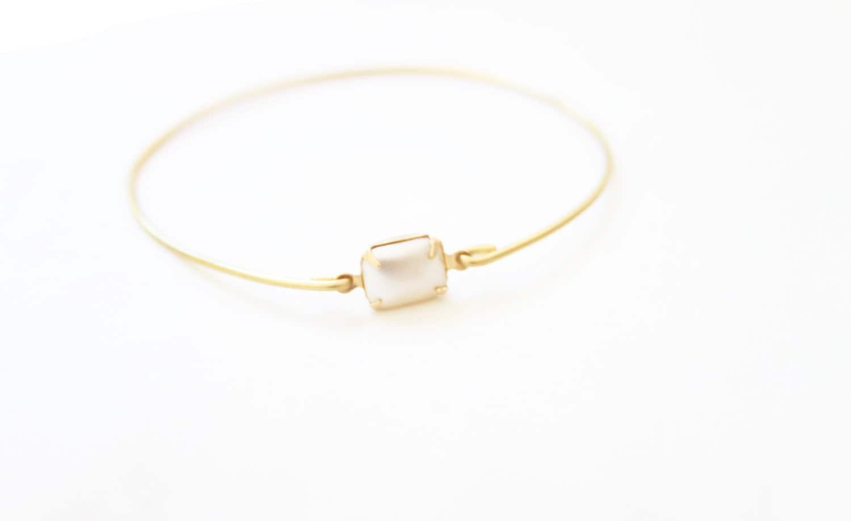 Vintage Faux Pearl Set Stone Bangle, Stackable Bracelet Set, Gem Stone Bangles, Stones in Settings Bracelet, Bezel Bangle Birthstone Jewelry