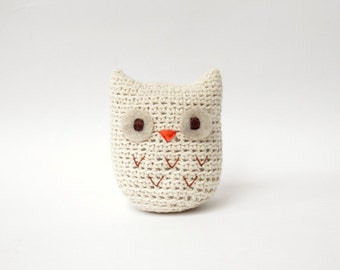 Crochet Amigurumi Owl, Unbleached Cotton Owl, Beige/Cream/ Off  White Owl Stuffed Doll, Owl StuffedToy - MADE TO ORDER