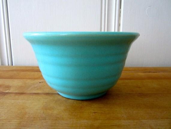 A Vintage Aqua Bauer Bowl
