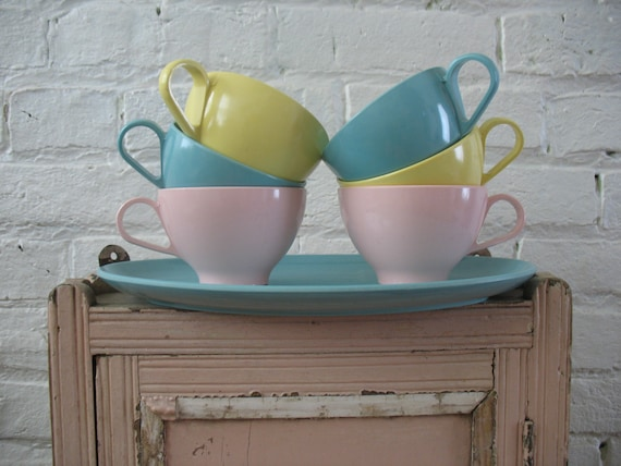 Sale Vintage Melmac Pastel Cups and Tray - Malibu Ware - Assorted Colors