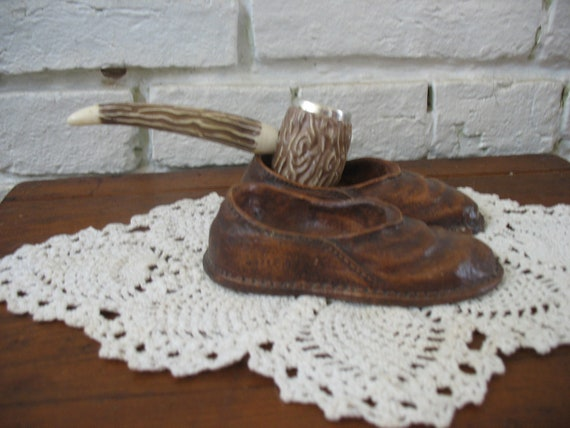 Vintage Syroco Pipe Holder Slippers - Pipe - Tobacco